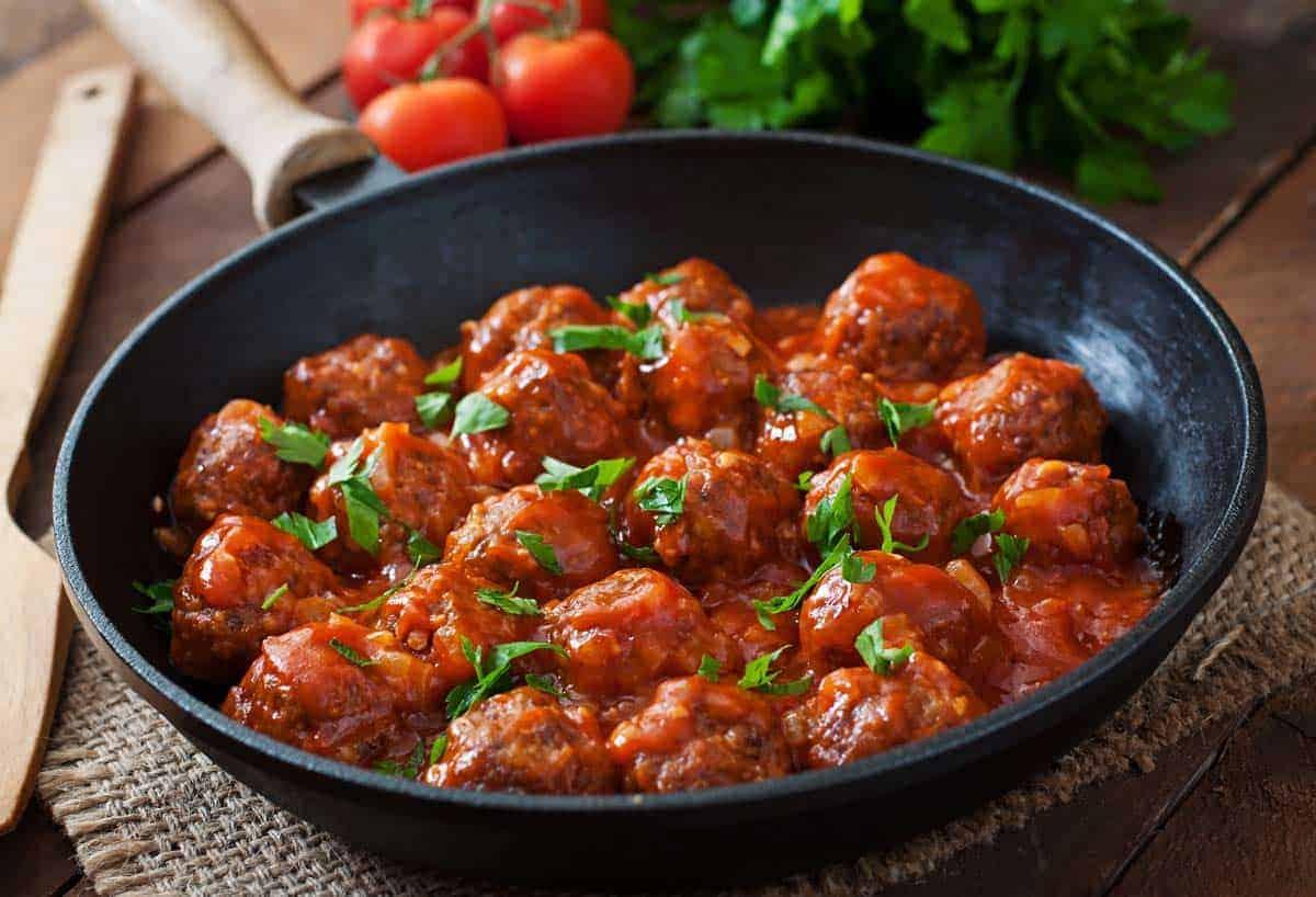 receta Albondigas en salsa de tomate